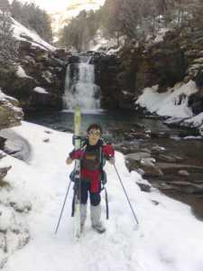 Sitios increíbles a los que solo se llega esquiando