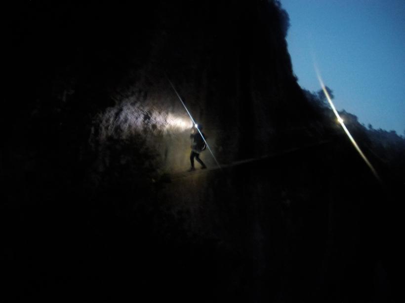 De noche en la ferrata