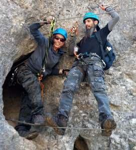 Puente a la salida de la cueva