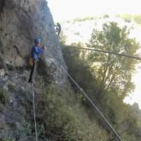 Puente de mono en via ferrata cerca de Madrid