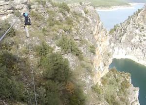 Puente de Mono en Via ferrata Boca del infierno en Sacedón